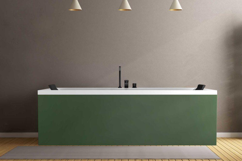 Nemo 190 badekar med farget panel, Vega svart armatur og svarte nakkeputer fra Interform. Dus grå vegg og tregulv. Pendel lamper i tak.