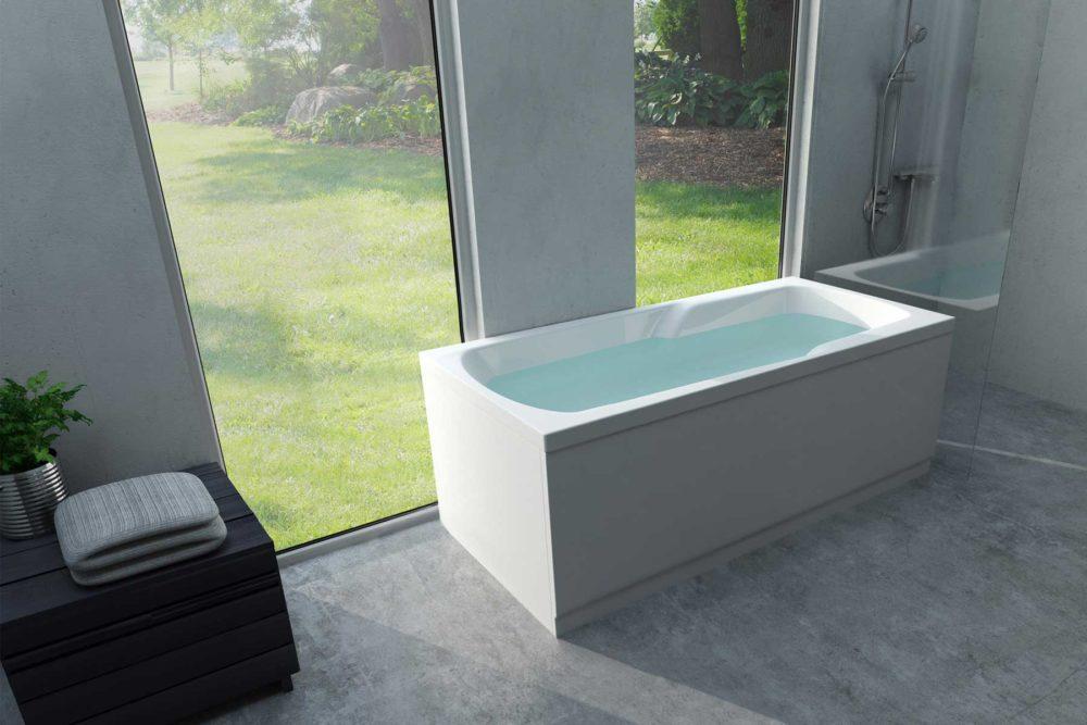 Odin badekar fra Interform er et pent kar i akryl. God sittekomfort. Innebygget armlene. Baderom med betong gulv og dusj og dusjvegg. Store vindu. Odin fåes som massasjebad / boblebad og med MicroSilk